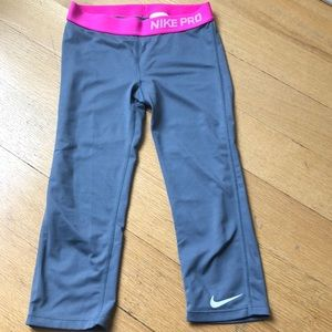 Nike Girls' capri tights/leggings (cropped)